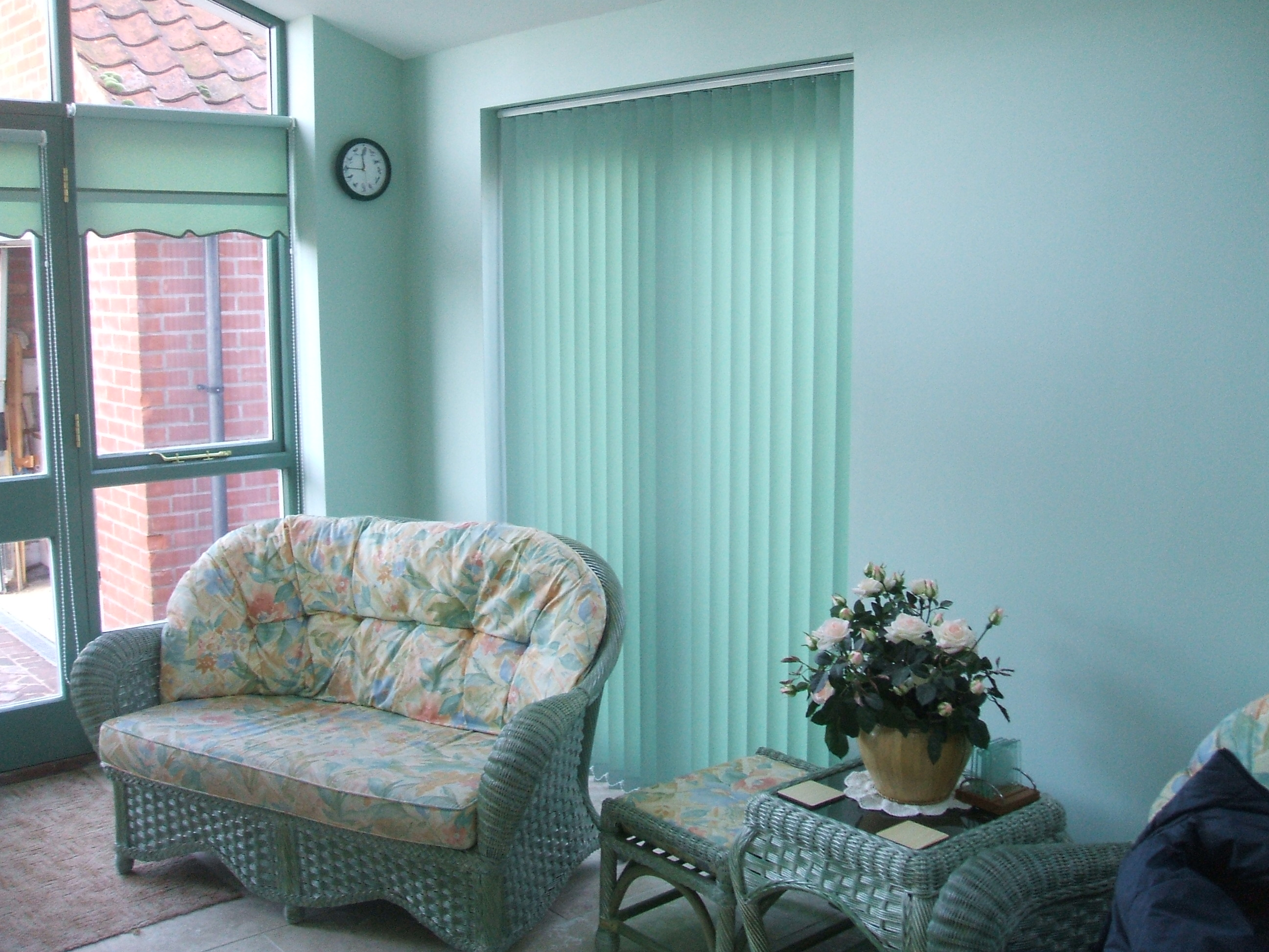 blind vertical blinds